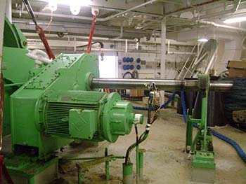 Cruise Ship Winch for Repair